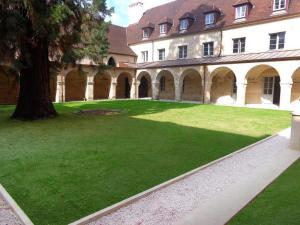 Appart'hôtel Odalys Les Cordeliers Dijon