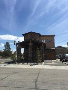 Geyser Inn West Yellowstone