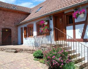 La Maison Bleue En Alsace Saint-Nabor