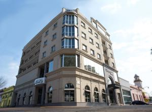 Manantiales Hotel Casino Mercedes - Image1