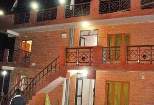 Hotel Sunita Himalayan Paradise