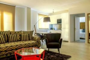 Santa Cruz Apartments Malaga