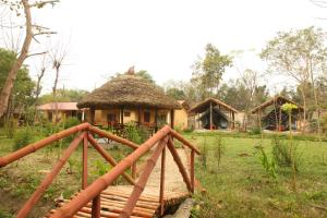 Forest Hideaway Hotel and Cottages - Image1