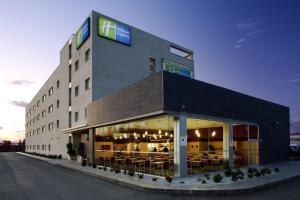 Holiday Inn Malaga Airport, Spain - Booking.com
