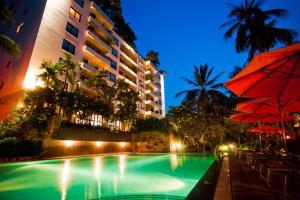 Saigon Domaine Luxury Residences