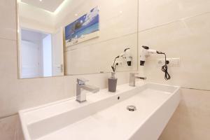 Phòng tắm tại Anna Maria Apartments
