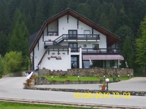 Hotel Ieremia Movila - Image1