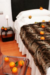 bed breakfast hostal santo domingo bed breakfast madrid. Black Bedroom Furniture Sets. Home Design Ideas
