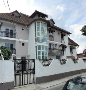 Hotel MaRailiS Mangalia - Image1