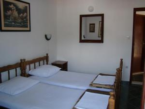 Una cama o camas en una habitación de Apartments Svorcan