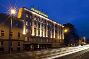 Booking Com Hotel Cryston Wien