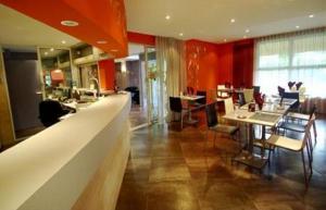 Hotel-Restaurant Le Luron Lure