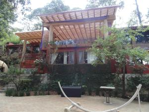 La Casa del Rio Valle de Bravo