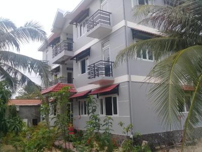 HQ Apartment Hotel