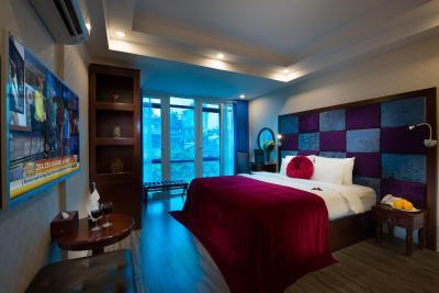 Lavender Old Quarter Hotel