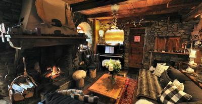 pousada la ferme d 39 angele fran a s ez. Black Bedroom Furniture Sets. Home Design Ideas