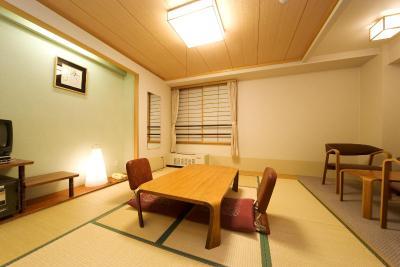 photo.1 of湯の川温泉 ホテル万惣