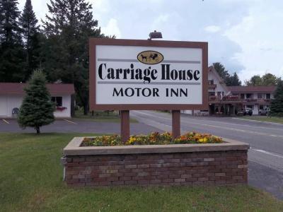 Carriage House Motor Inn Lake Placid Ny