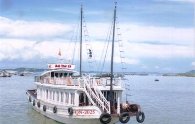 Viet Nam Open Tour Day Cruise
