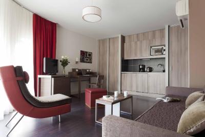 appart 39 h tel adagio saint etienne centre saint tienne france. Black Bedroom Furniture Sets. Home Design Ideas