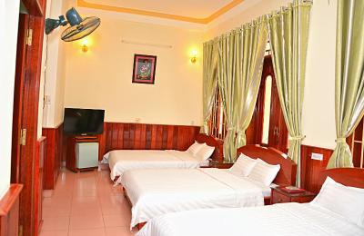 Hai Huong Hotel