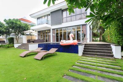 IDC White House Ocean Villa Danang