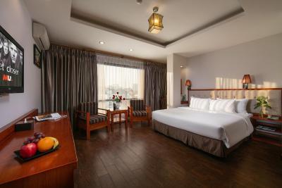 Khách Sạn Sen 2
