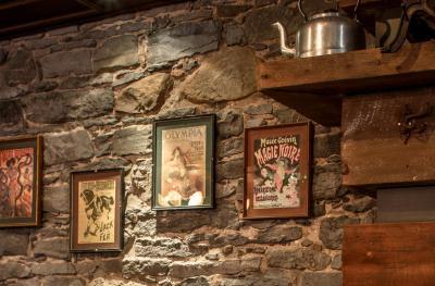 Auberge du vieux port montreal canada - Auberge du vieux port restaurant menu ...