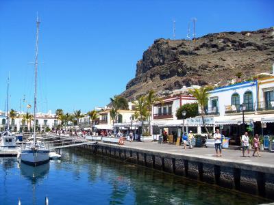 Apartment harbor marina puerto de mog n spain - Marina apartments puerto de mogan ...