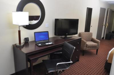 Hotel Comfort Suites Fort Wayne In