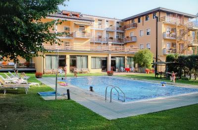 Hotel Dolomiti Levico Terme Italy