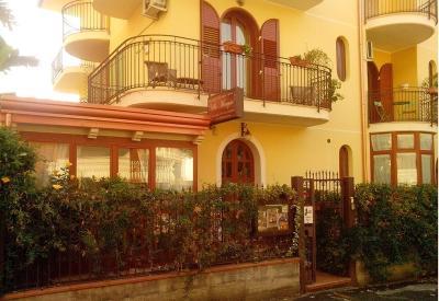 B&B Villa Marysa - Giardini Naxos
