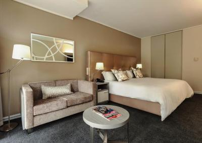 Lagoon Beach Hotel Amp Apartments Cape Town South Africa
