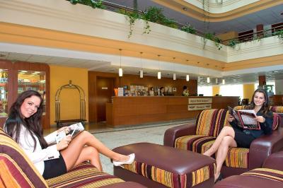 Airport Hotel Vecsés