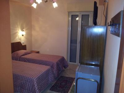 George Hotel - Barcellona Pozzo di Gotto - Foto 2