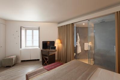 Memmo alfama design hotels lisbon portugal for Decor hotel lisbon