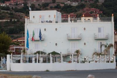 Yachting Club Mare - Gioiosa Marea - Foto 41