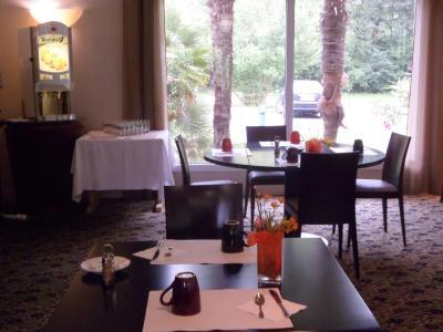 Image Result For Restaurant Palmeraie Pau