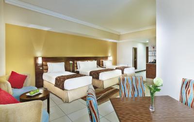 Gateway Hotel Dubai Uae Booking Com