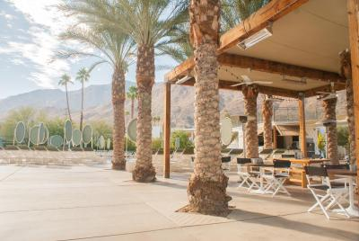 Ace hotel swim club palm springs usa for Adams salon kings highway