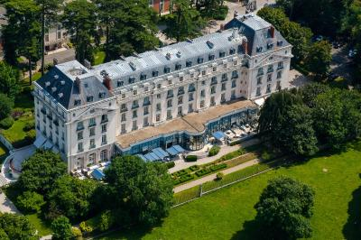 Hotel trianon palace versailles france - Hotel trianon versailles ...