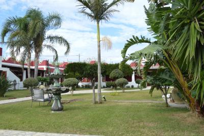 http://q-ec.bstatic.com/images/hotel/max400/409/40929283.jpg