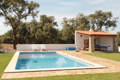 Monte azul casas de campo do junqueirinho bicos - Imagenes casas de campo ...