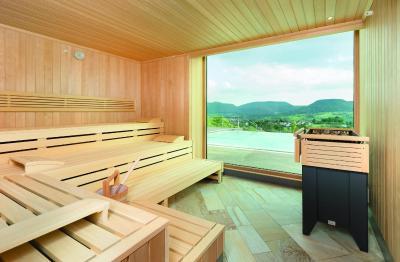 achalm hotel deutschland reutlingen. Black Bedroom Furniture Sets. Home Design Ideas
