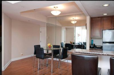 Modern Two Bedroom Apartment Near The Grove Los Angeles USA