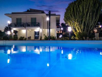 Residence Villa Eva - Fontane Bianche - Foto 2