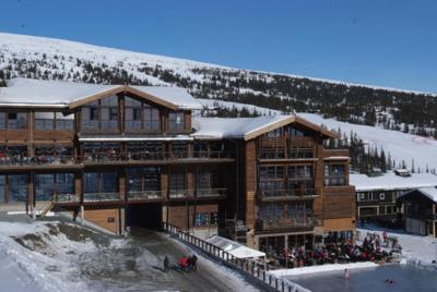 hotell ski