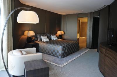 Armani hotel dubai uae Armani hotel in burj khalifa