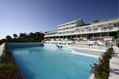 Piscine h tel mahajanga madagascar for Hotel la bourboule avec piscine