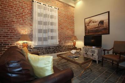 quarter luxury two bedroom suite 1204 new orleans usa